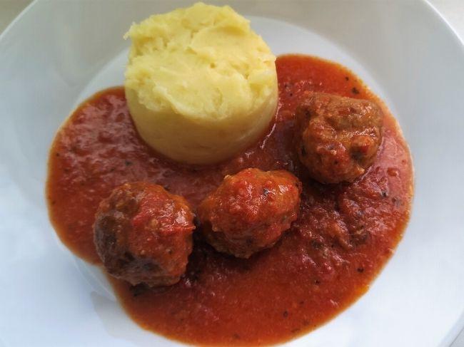 cufti-paradiznikova-omaka