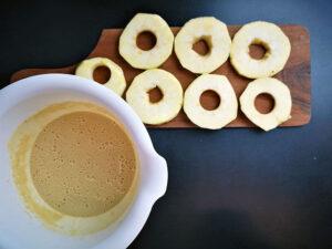 pecena-jabolka-v-testu